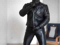 maitre leather biker smoke cigare