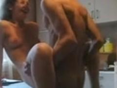 missionary fuck amateur couple cumshot