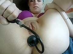 Miss webcams pump dildo and prolapse