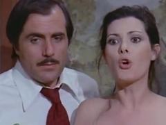 Edwige Fenech in Signora Gioca Bene A Scopa?, La (1974)