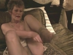 Old Lady, Nylons & Marital-Device (Masturbation)