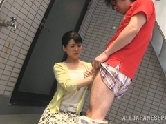 Japanese AV Model naughty mature babe seduces horny guy outside