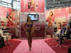 Sexy Fashion Show Dimanche
