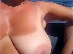Amateur Beach Voyeur Huge Tits WIFE