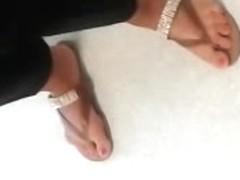 Public Feet 138