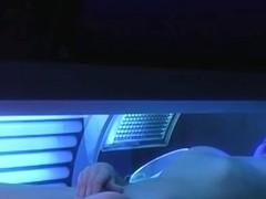 Hidden camera at the solarium ! - video