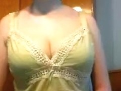 Web model with big breasts Maryjane stuck in the ass vibrator
