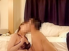 Amateur Asian pussy gets shredded