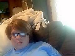 Youthful fat cutie masturbates on livecam