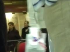 Girl's perky ass in sport tights spy camera street video