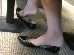 Candid US College Teen Shoeplay Feet Dangling in Nylons PT 2