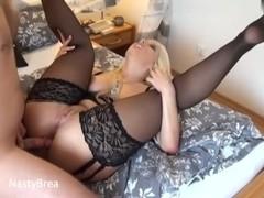 Blonde amateur vid shows me enjoy hot anal fuck