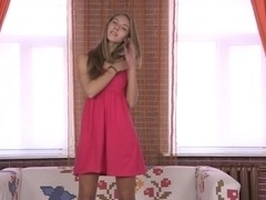 Seducing cutie accedes for delicate asssex