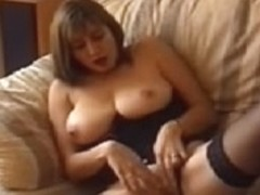 Mother I'd Like To Fuck Demi Dean Masturbates