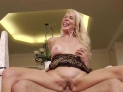 Erica Lauren gets cock of Mr. Pete in snatch