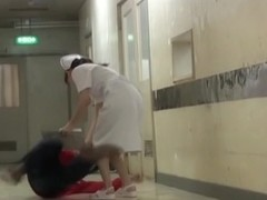Nurse tried to help man and got the skirt sharked