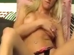 foxylynn amateur record on 05/16/15 03:30 from Chaturbate