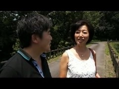 Japanese mom and stepson spring trip 2