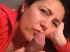 I'm getting a good blowjob in a hot private milf video