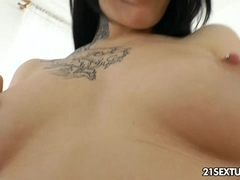 Anal training of Erika Bellucci