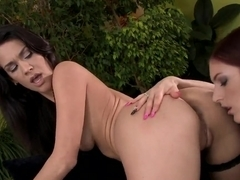 Mira Sunset and Samia Duarte in hot lesbo game