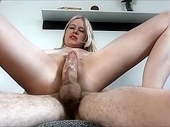 Anni-Trinity - Hemmungsloser Muschi Ritt
