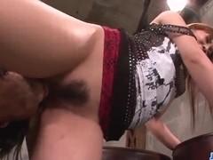 Guy demolishes Rinka Aiuchi?s wet pussy in hardcore