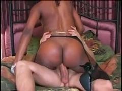 Chocolate Maid with Big Ass enjoy Huge White Dick