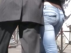 Candid street with hot ass in jeans babe