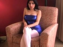 Crazy Amateur clip with Brunette, Solo scenes