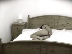 Brunette in voyeur masturbation vid