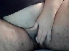 ssbbw masturbates
