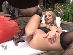 Sexy blonde masturbates with a dildo in hd porn video