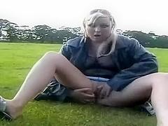 Hefty figured lusty kooky of my girlfriend likes masturbating in park