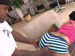 Straight dicking her down with sexy chick Aria Aspen