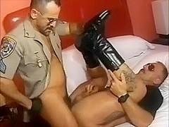 Cigar Cop Smoking Service