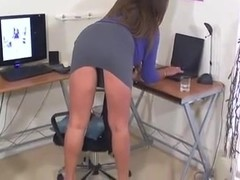 She Wants You To Watch