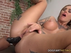 Kleio Valentien Having Interracial Lesbian Sex