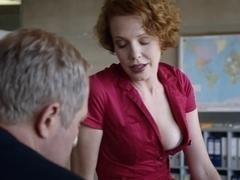 Hawt redhead in Austrian 'Tatort'-movie