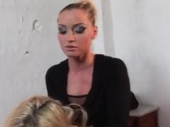 Kathia dominates her girlfriend to feel powerful