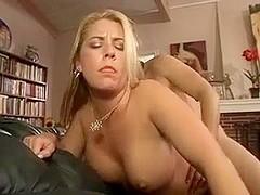 Hairy Pussy MILF Joclyn Stone
