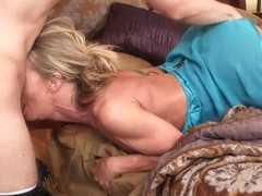 My friend's hot and sexy mom is always glad to fuck with me