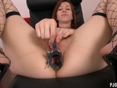 Edita's orgasms with a speculum in her fur pie