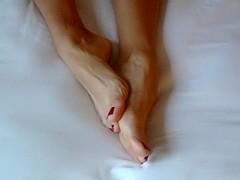 Foot posing