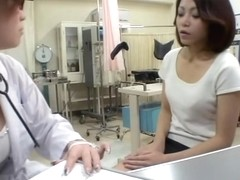 Lesbian gynecologist plays with her adorable Jap patient