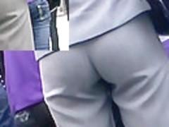 Hawt blondie's wazoo in taut hawt panties