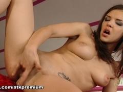 Henessy - Masturbation Movie