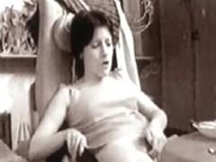 Yanka masturbator. I'm in front of webcam. Fingering