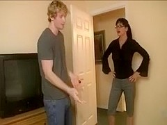 Brunette milf in glasses tugjob