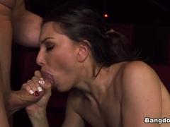 Miss Rican in Juicy ass twerks on the stripper pole Video